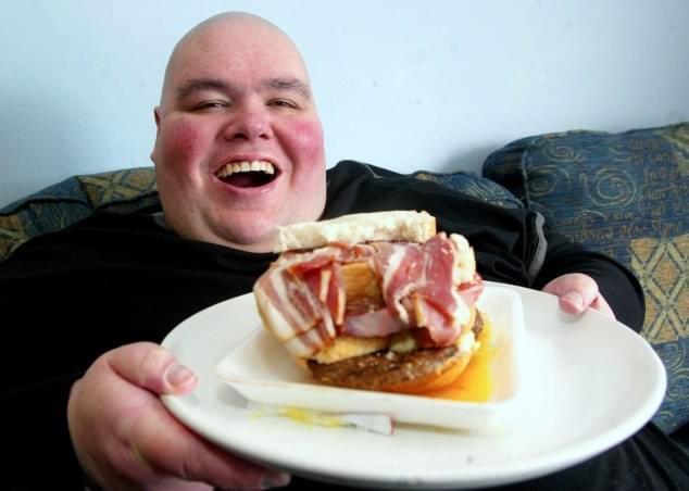 uomo-inglese-piu-grasso