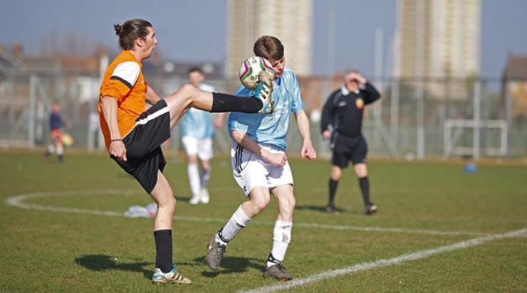 sunday-league-kick